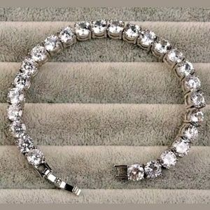90 Ct.t.w. Sparkling White Topaz Tennis Bracelet
